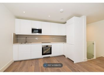 3 bed maisonette to rent in Old York Road, London SW18