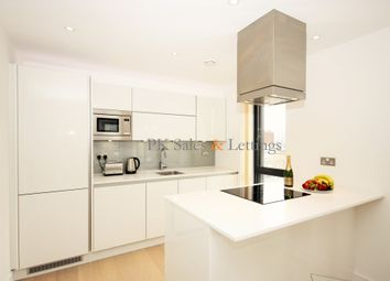 Thumbnail 3 bed flat to rent in Cityscape, Commercial Street, Aldgate, London E1,