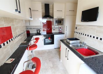 Thumbnail 1 bed flat for sale in Highcliff Road, Cleethorpes