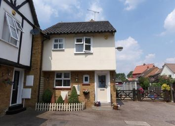 3 bed property for sale in Crouch Street, Laindon, Basildon SS15