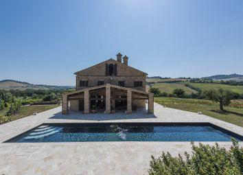 Thumbnail 4 bed villa for sale in Macerata, Macerata, Marche