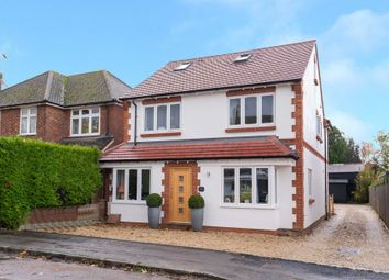 Longfield Road, Tring HP23. 4 bed detached house