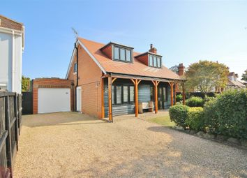 Fourth Avenue, Frinton-On-Sea CO13. 4 bed detached house