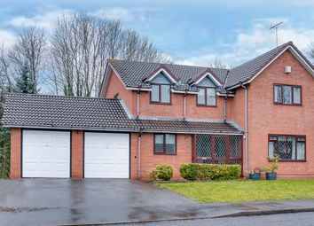 Thumbnail 4 bed detached house for sale in Fenwick Close, Headless Cross, Redditch