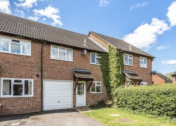 3 bed terraced house to rent in Newbury, Berkshire RG14