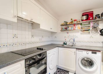 3 bed flat for sale in Comer Crescent, Ealing, Southall UB2