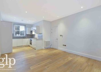 Thumbnail 2 bed flat to rent in Shaftesbury Avenue, Covent Garden