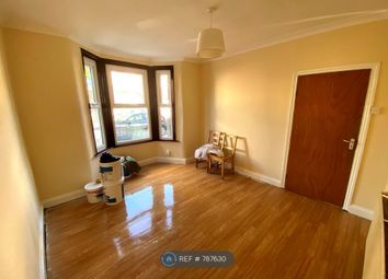4 bed semi-detached house to rent in Tennyson Road, London E17
