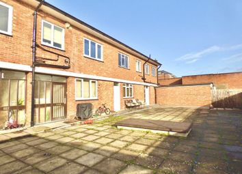 Thumbnail 3 bed town house to rent in High Street, Bromsgrove