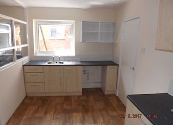 Thumbnail 3 bedroom flat to rent in Kingstanding Road, Kingstanding, Birmingham