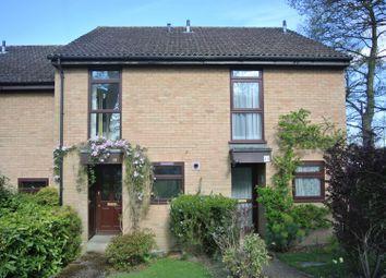 Thumbnail 2 bedroom flat to rent in Raglan Road, Knaphill, Woking