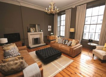 3 bed flat to rent in Atholl Place, Edinburgh EH3