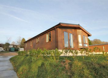 Thumbnail 2 bed mobile/park home for sale in Crazy Lane, Sedlescombe, East Sussex