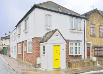 Thumbnail 1 bed flat to rent in Westfields Avenue, Barnes