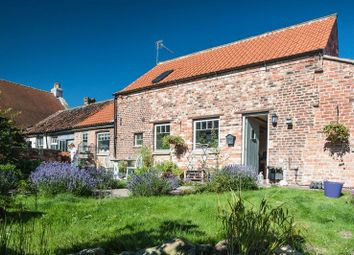 Thumbnail 2 bed cottage for sale in West Street, Muston, Filey