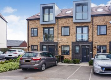 Thumbnail 3 bed town house for sale in Kestrel Way, South Elmsall, Pontefract