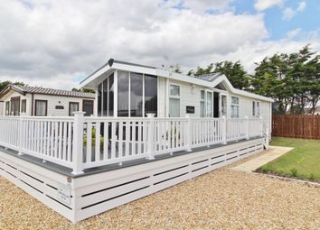 Thumbnail 2 bedroom mobile/park home for sale in Melville Road, Southsea