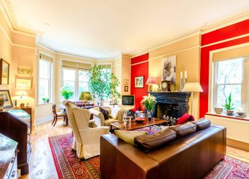 Thumbnail 3 bed flat for sale in Crescent Road, Crouch End