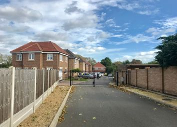 Thumbnail 4 bed detached house to rent in Bucklands Way, Rainham