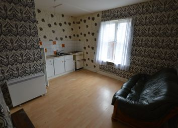 Thumbnail 1 bed flat to rent in London Road, Stoneygate