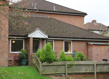2 bed maisonette for sale in Eaton Avenue, High Wycombe HP12