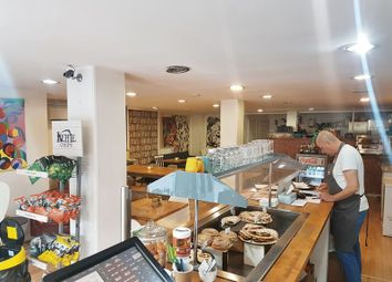 Thumbnail Restaurant/cafe to let in Roman Road, London
