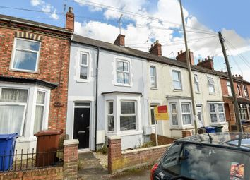 Thumbnail 3 bed terraced house to rent in Causeway, Banbury
