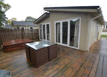 Thumbnail 2 bedroom mobile/park home for sale in Bacton Road, North Walsham