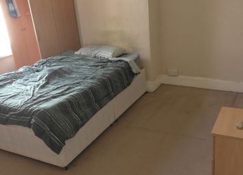 Thumbnail Property to rent in Maple Road, Horfield, Bristol