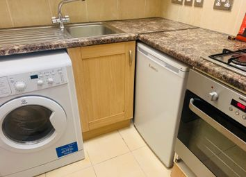 Thumbnail 1 bed flat to rent in Olive Grove, Harringay