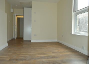 Thumbnail Studio to rent in Vaughan Road, Brixton