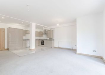 Thumbnail 3 bed flat to rent in Lyne Crescent, Walthamstow
