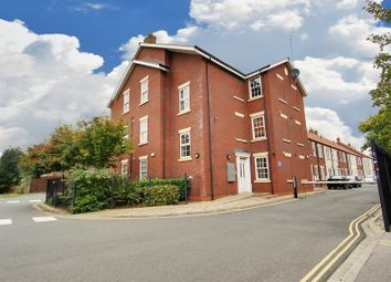 Thumbnail 2 bedroom flat for sale in Grovehill Road, Beverley