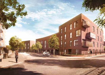 Thumbnail 3 bed duplex for sale in Benhill Road, Camberwell, London