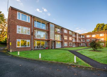 Thumbnail 2 bed flat for sale in Devonshire Avenue, Sutton