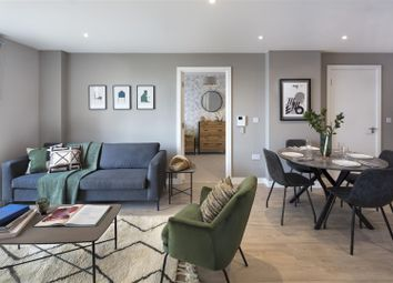 Thumbnail 3 bed flat to rent in Waterman Walk, Salford