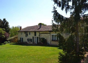 Thumbnail 3 bed country house for sale in 16700 Ruffec, France