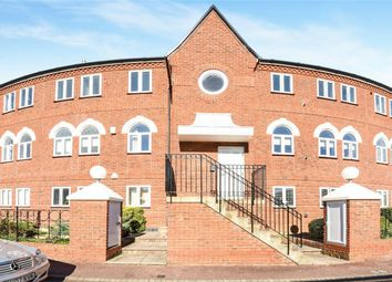 Thumbnail 3 bed flat for sale in Duckmill Crescent, Chelthams, Bedford