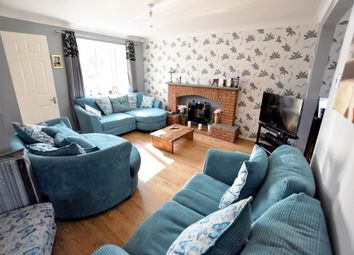 Thumbnail 4 bedroom detached house for sale in Tattershall Drive, Market Deeping, Peterborough