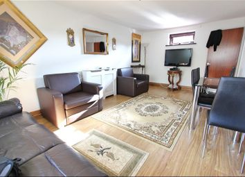 Thumbnail 1 bed flat to rent in Cornhill Drive, Enfield