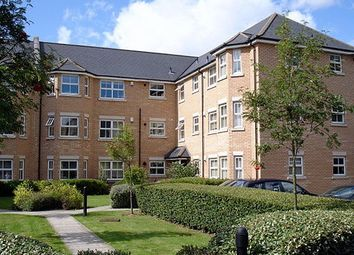 Thumbnail 1 bed flat to rent in Regency Square, Cambridge
