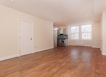 3 bed maisonette to rent in Marys Road, Harlesden, London NW10