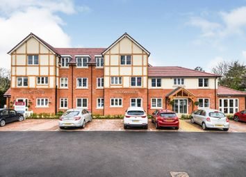 Thumbnail 2 bed flat for sale in Laindon Road, Billericay