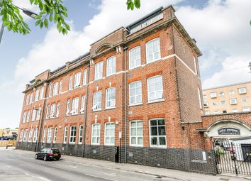 Thumbnail 1 bed flat for sale in Andersons Road, Southampton