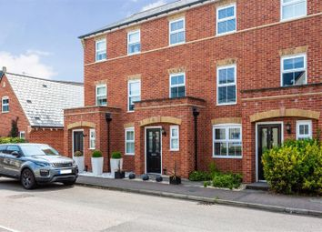 4 bed property for sale in Newell Road, Stansted CM24
