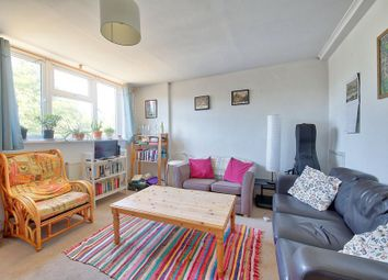 Thumbnail 3 bed flat to rent in Fownes Street, Battersea