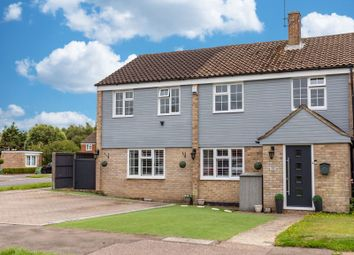 4 bed property for sale in Fairway, Copthorne, West Sussex RH10