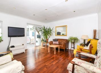 Thumbnail 4 bed detached house to rent in Carroll Hill, Loughton