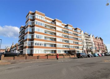Glyne Hall, De La Warr Parade, Bexhill On Sea, East Sussex TN40. 2 bed flat for sale