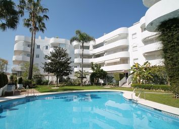 Thumbnail 2 bed apartment for sale in Marbella Real, Marbella Golden Mile, Costa Del Sol